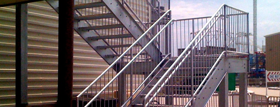 Steel Stair With Grating Steps